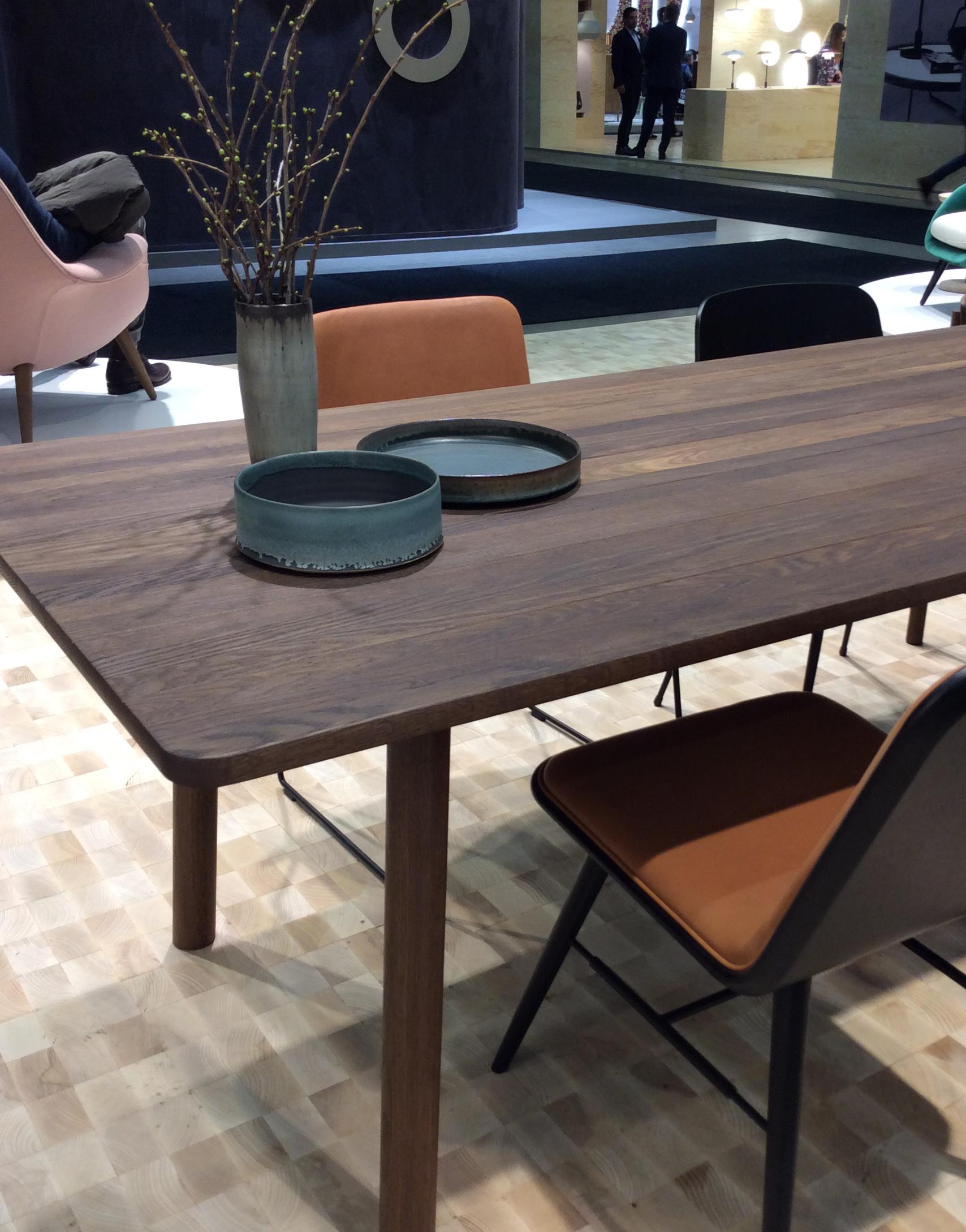 Spisebord i valnøtt, desigent av Jasper Morrison for Fredericia.