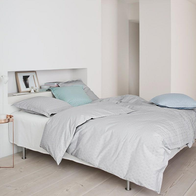 Grid sengetøy fra Georg Jensen Damask. Drømmen om en god natts søvn i 100% egyptisk bomull.