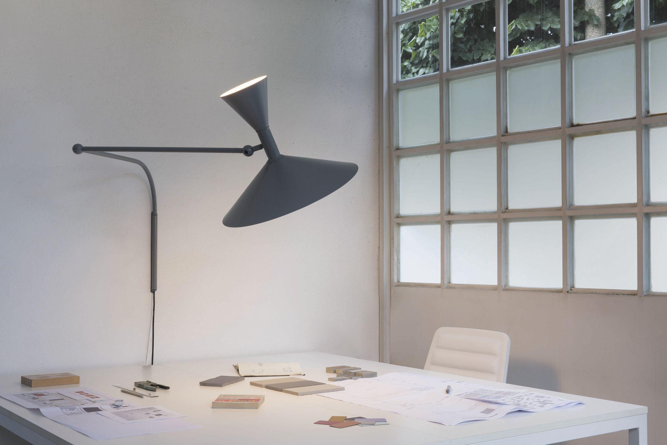 LAMPE DE MARSEILLE er designet av Le Corbusier