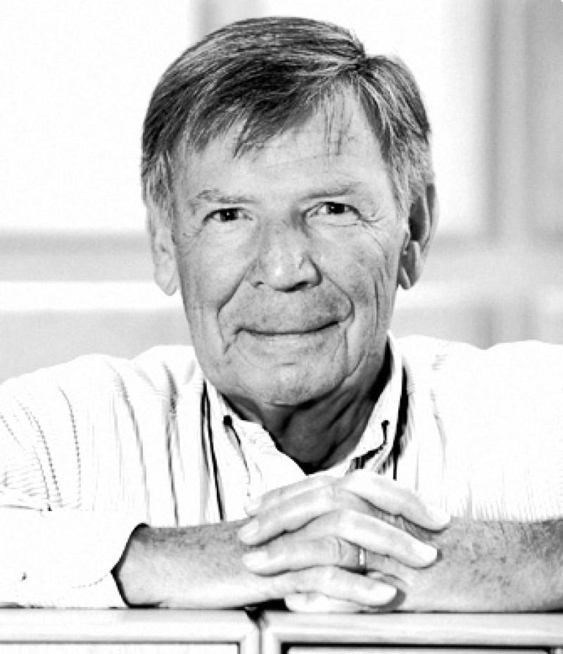 Peter J. LassenPeter J. Lassen