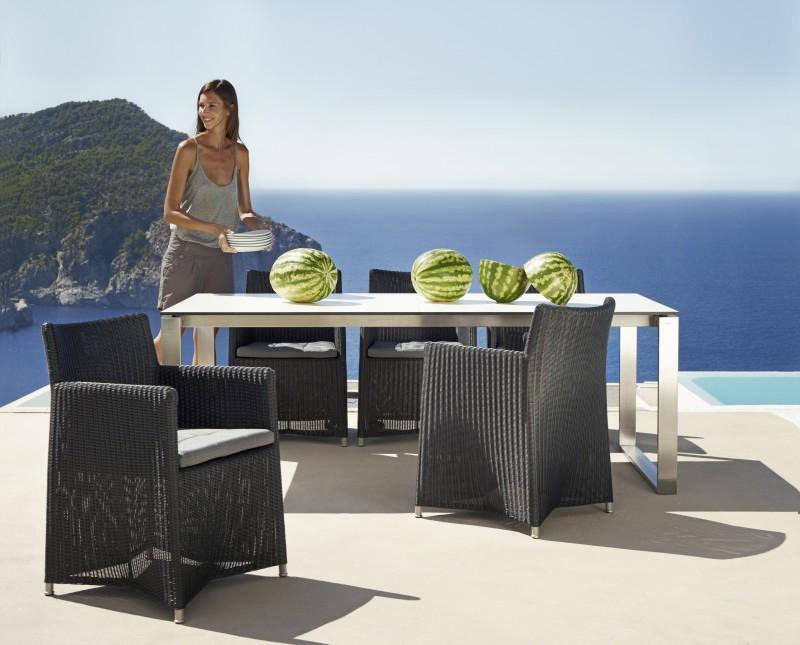 Edge spisebord fra Cane-line, dansk design