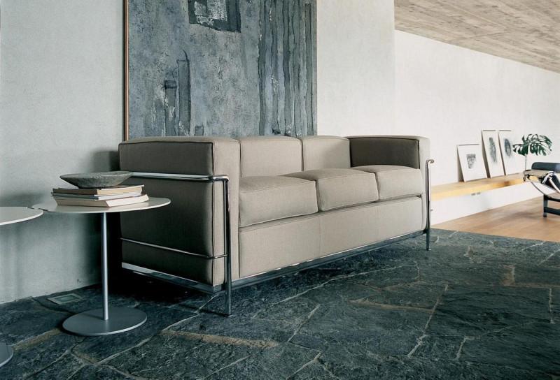 LC 2 sofa fra Cassina, desing: Le Corbusier