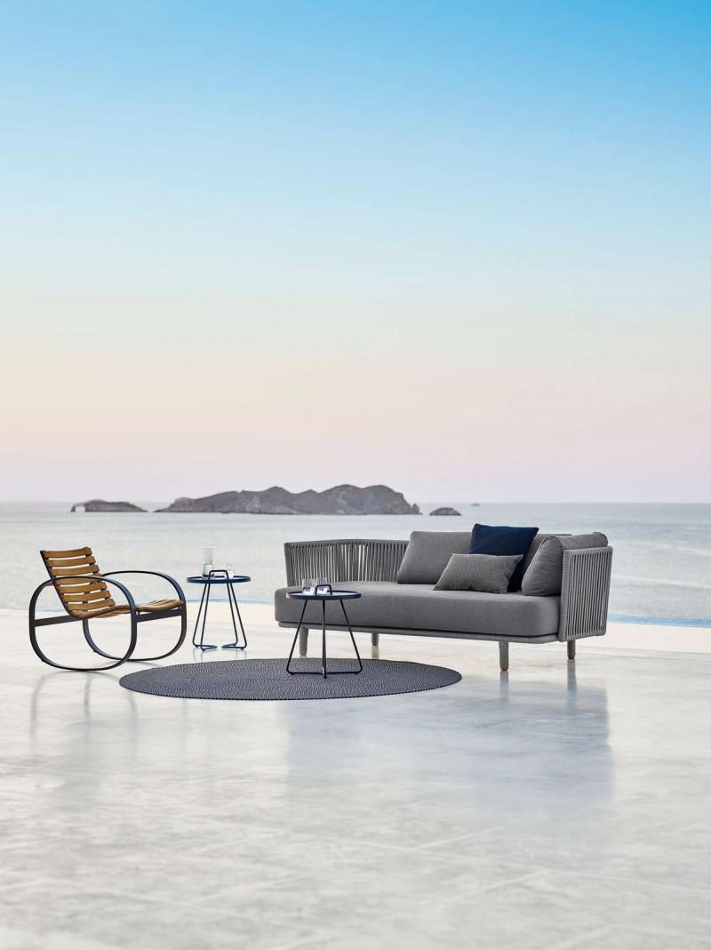 Moment sofa og Parc gyngestol fra Cane-Line