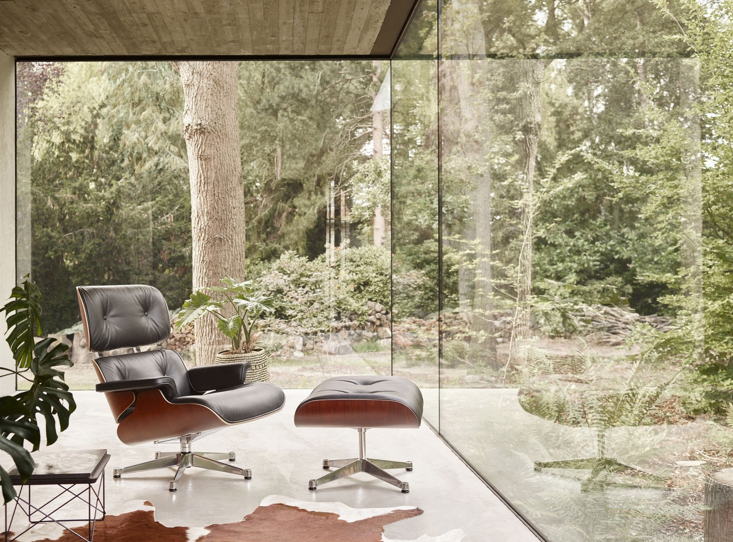Eames lounge chair av Vitra