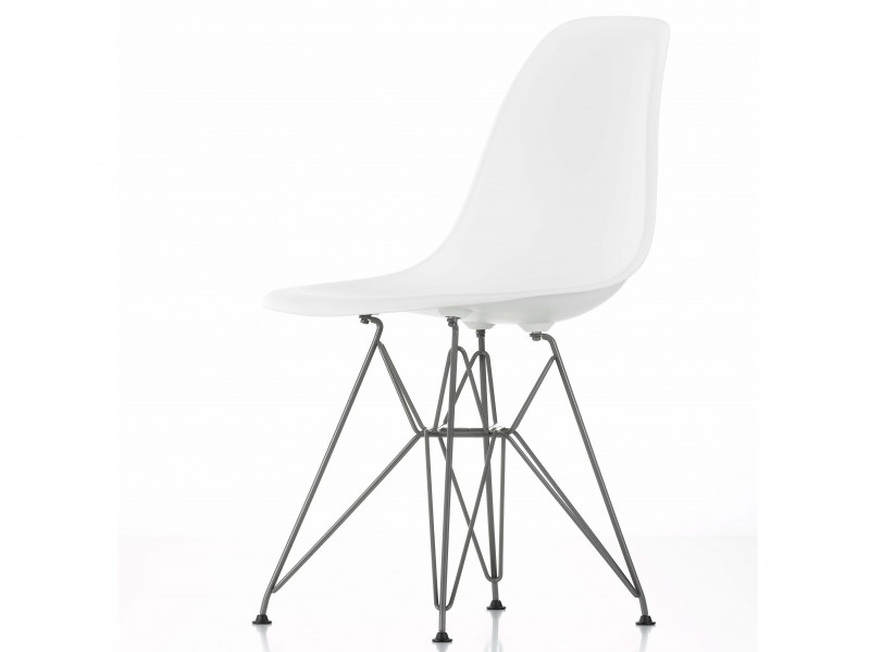 DSR Eames Plastic Chair fra Vitra, design: Charles & Ray Eames