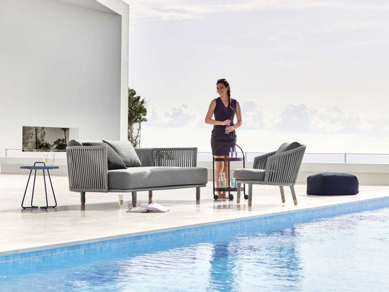 Moment lounge sofa og stol fra Cane-Line