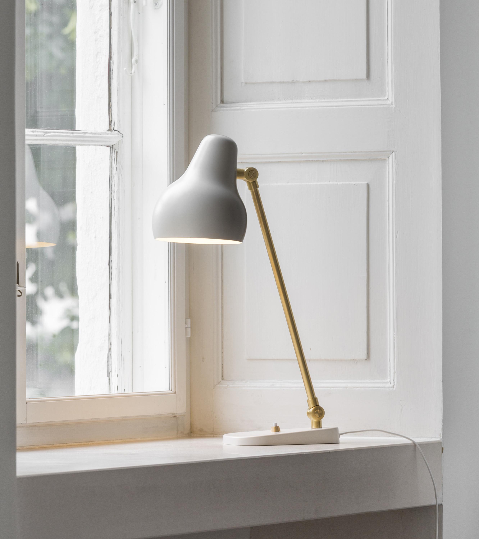 VL 38 bordlampe fra Louis Poulsen, design: Vilhelm Lauritzen